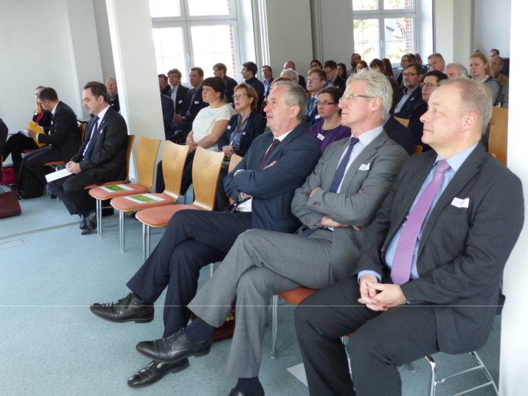 Staatsminister Thomas Schmidt und Gäste
